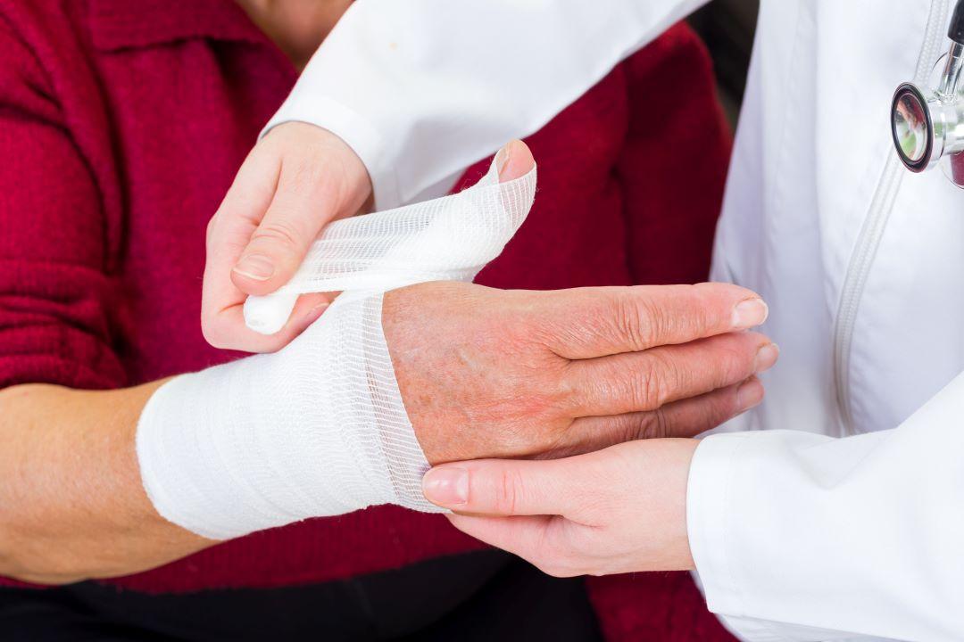 4 raisons pour lesquelles les soins des plaies des diabétiques nécessitent une approche spécialisée thumbnail