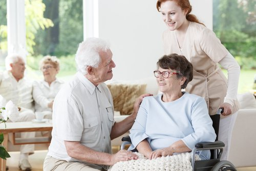 When Should An Alzheimer's Patient Go to a Nursing Home